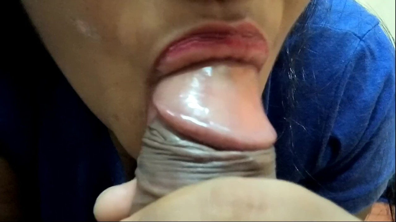 HOT INDIAN GIRLFRIEND CLOSEUP BLOWJOB & EATING MY CUM porn