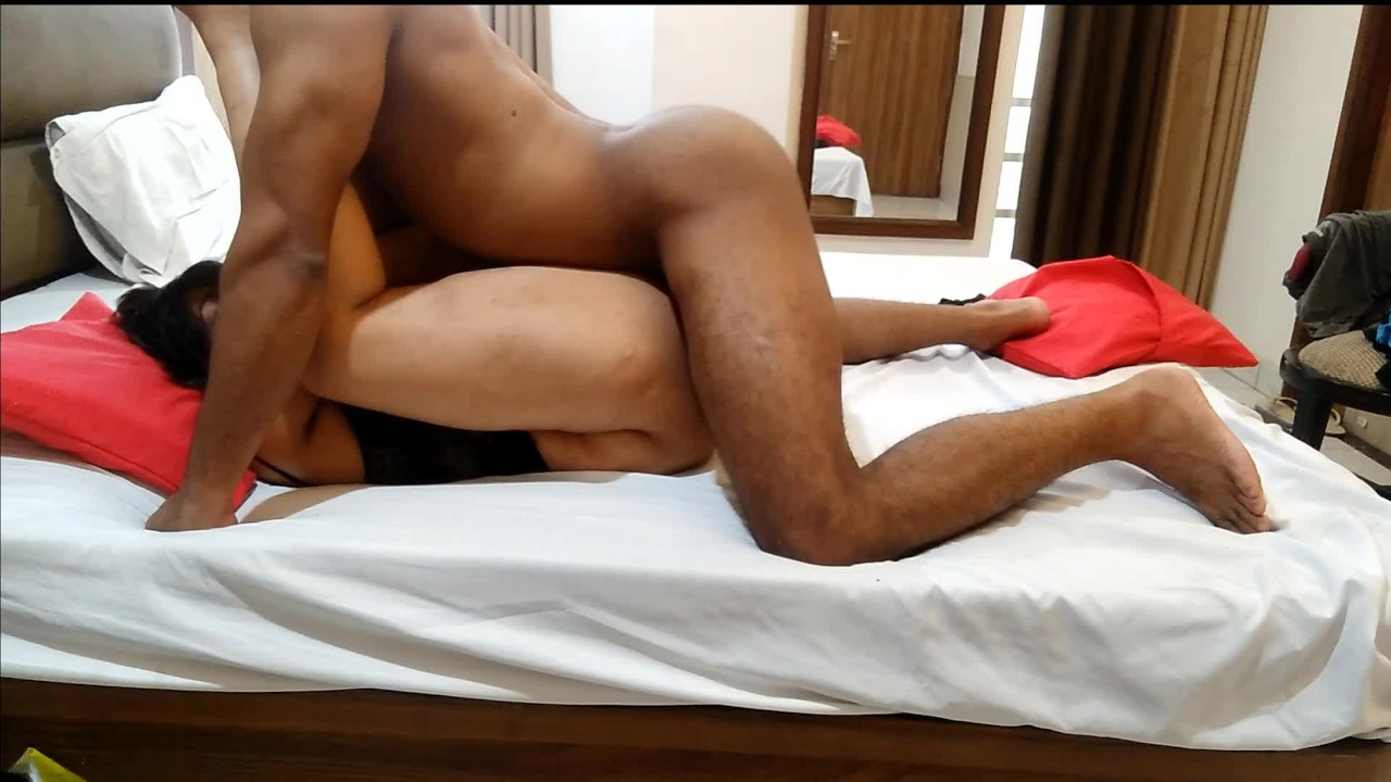 desi indian girlfriend fucked hard in hotel video