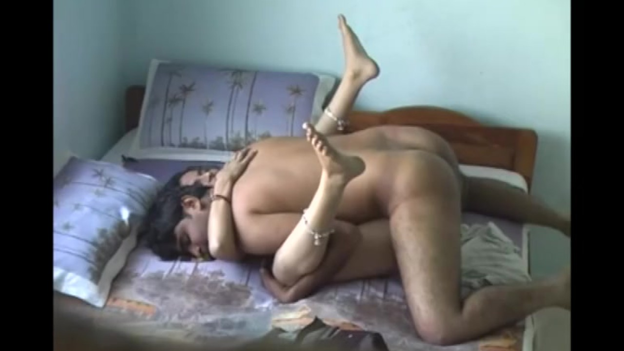 Indian desi most sexiest bhabi shared bed with her cousin(compilation) video