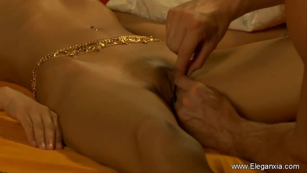 He Licks Her Indian Pussy Good And Long video
