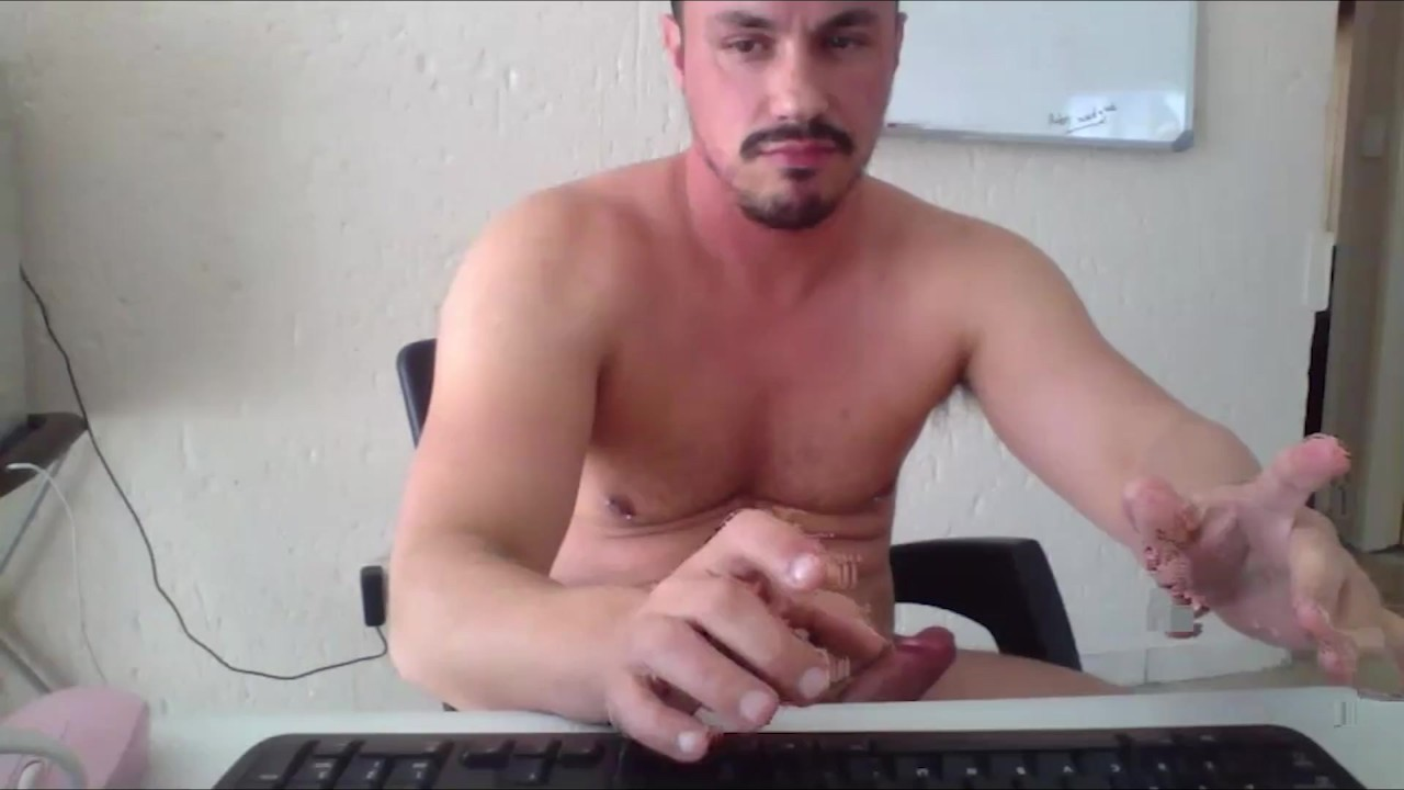 Xarabcam model : Idir from Algeria / Hot Arab Gay Sex porn