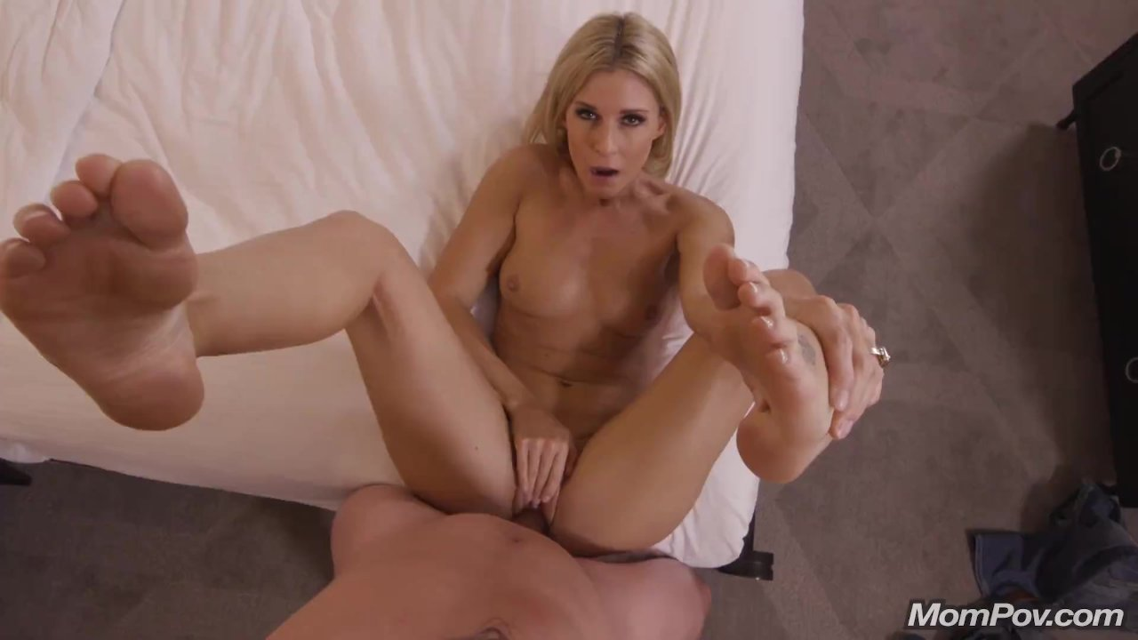mompov india summer video