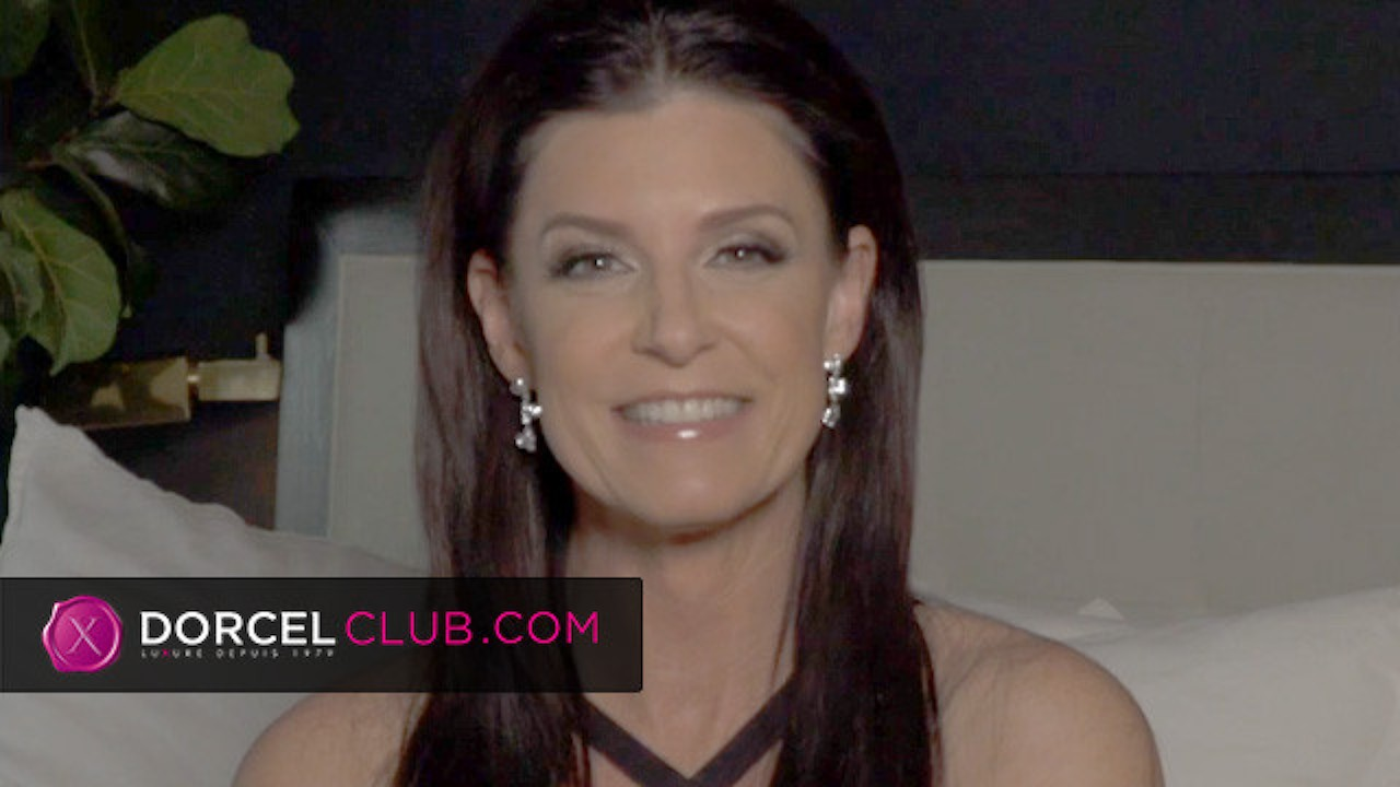 India Summer answers you for Dorcel Star video